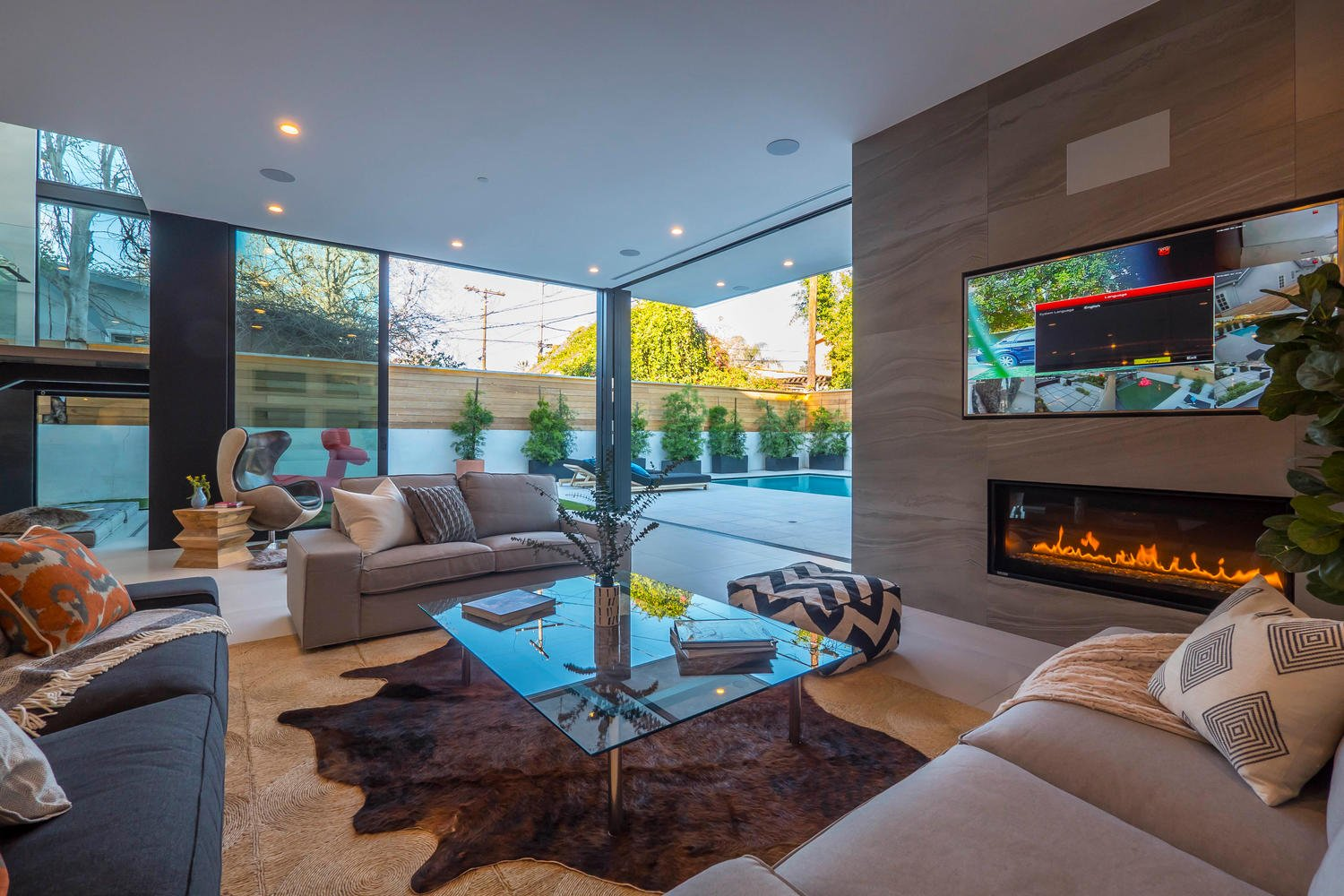 406 S Sycamore Ave | The Bienstock Group