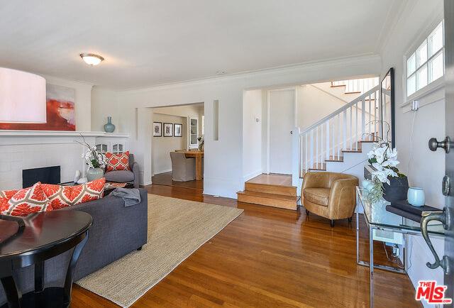Larchmont Village homes for sale: Duplex on 1st St