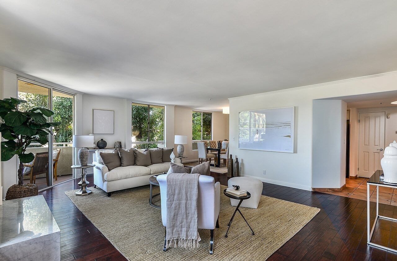 living room - Beverlywood Condo for Sale: 8559 Alcott St #201